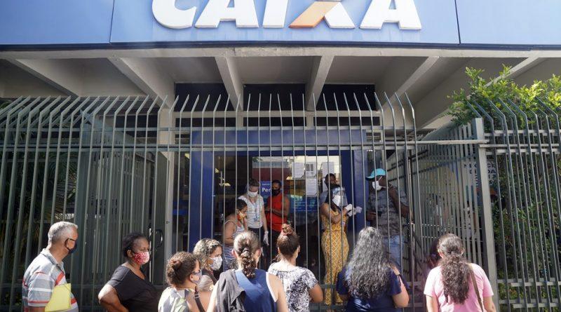 Caixas abrem sábado para saques da segunda parcela do auxílio emergencial; confira calendário e lista das agências no RJ